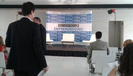Lecciones-de-éxito-en-el-primer-Encuentro-Emprendedores-celebrado-en-Valencia